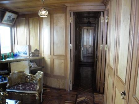 salon et couloir